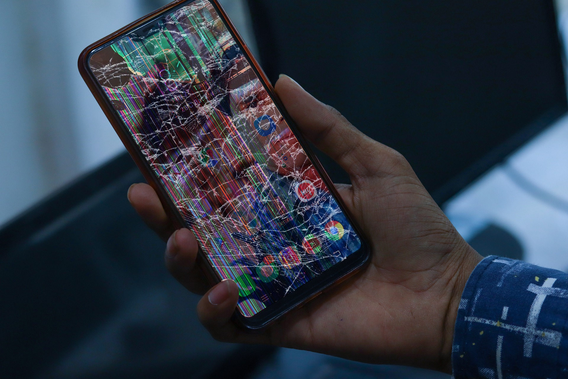 How To Recover Data From A Device With A Broken Screen